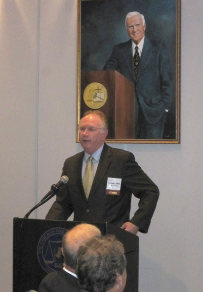 Illinois Supreme Court Chief Justice Thomas L. Kilbridge addresses LSC Board members at Chicago Bar Association
